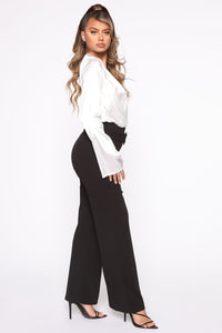 Tabitha Belted Pants - Black Angle 3