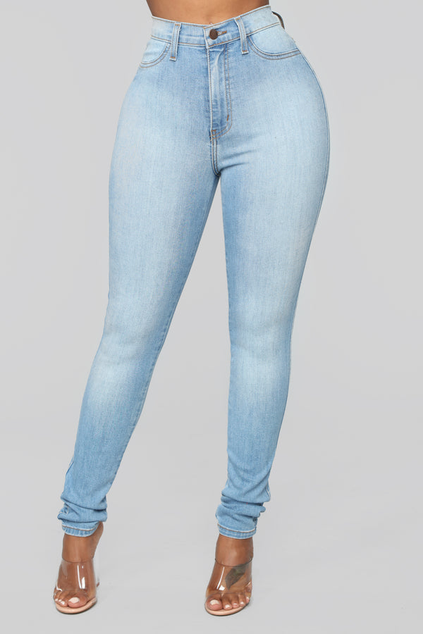 a24efe5bf32 Classic High Waist Skinny Jeans - Light Wash