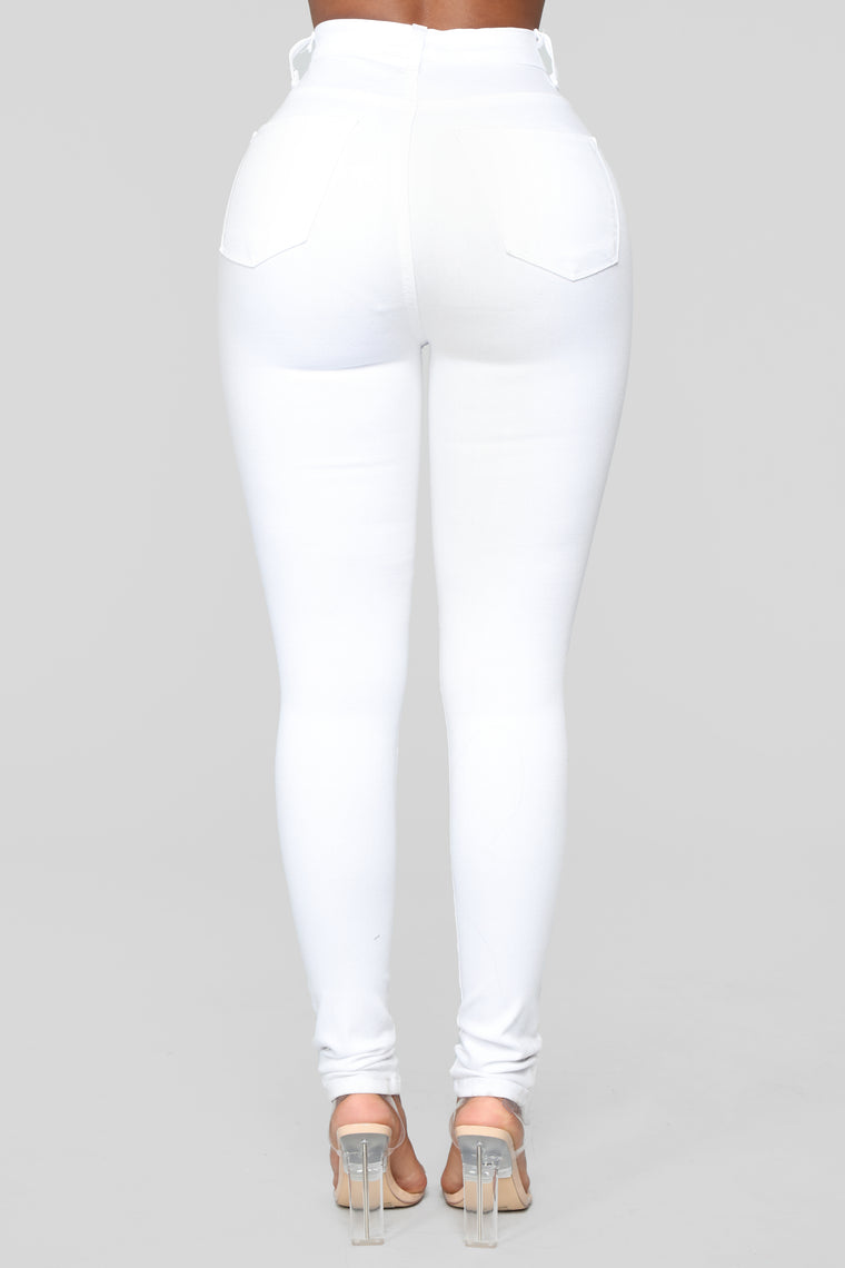 Perfectly Classic Jeans - White
