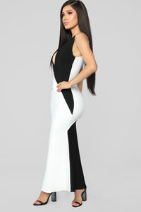 Premiere On Beverly Bandage Dress - Black/White Angle 3