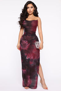 Made Of Soul Tie Dye Maxi Dress - Black/Burgundy Angle 1