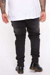 Weekend Ready Skinny Jeans - Black