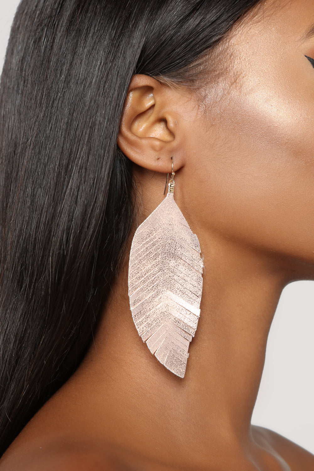 Leaf It Up To Me Earrings - Gold