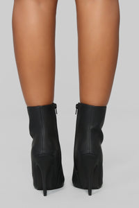 Every Little Thing I Do Heeled Bootie - Black Angle 7