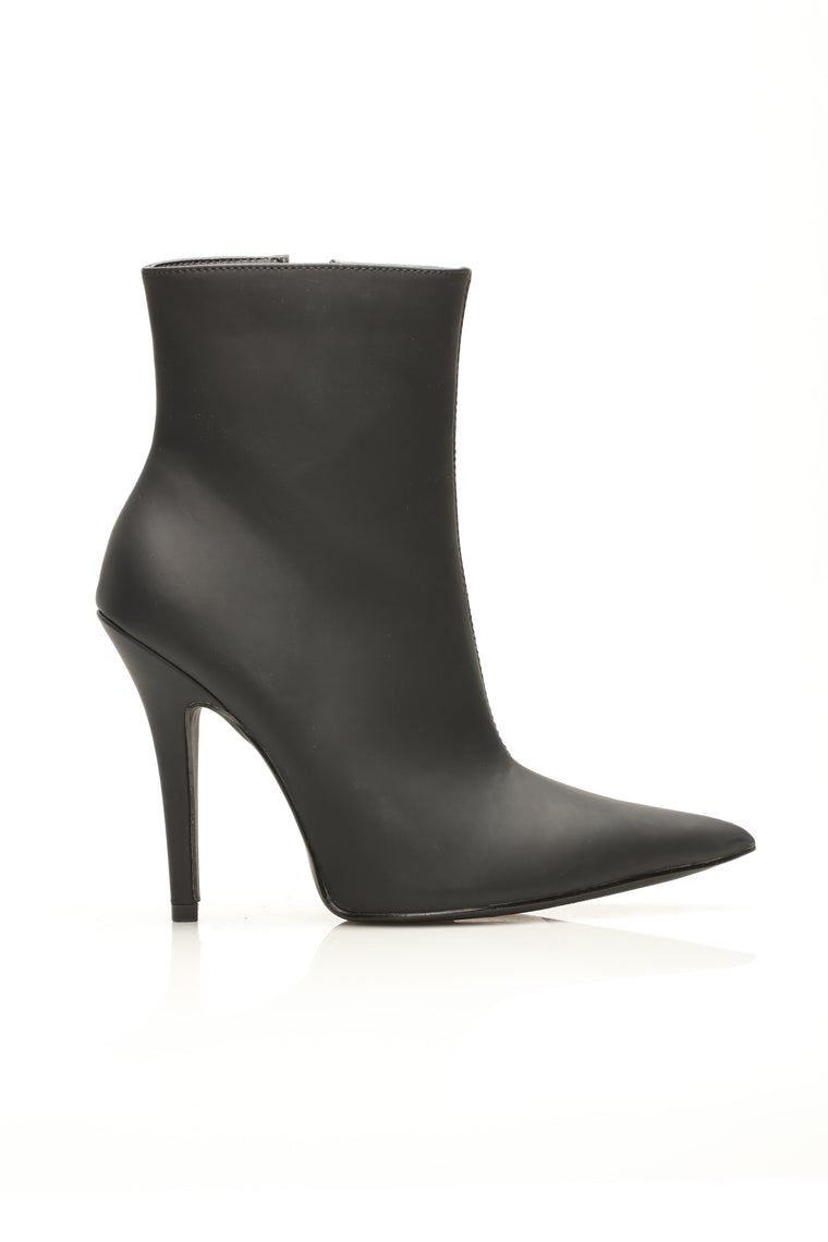 Every Little Thing I Do Heeled Bootie - Black
