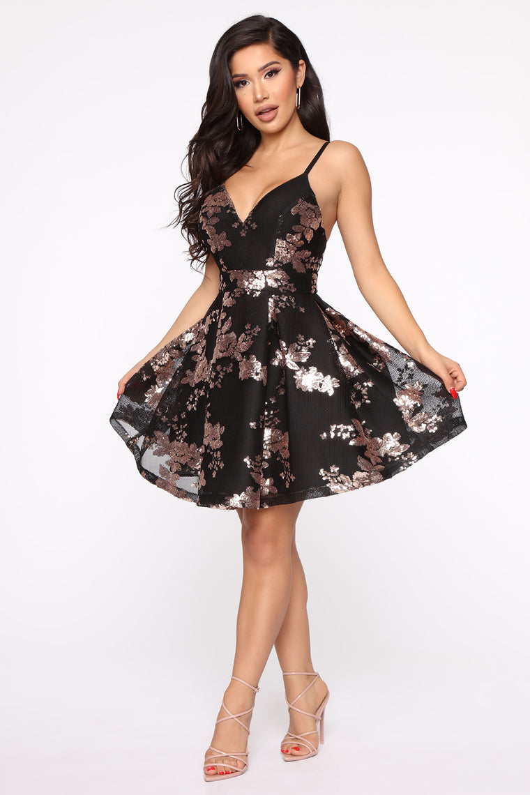 Farrah Fit And Flare Mini Dress - Black/Rose Gold