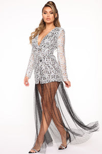 Queen In The Making Maxi Dress - Silver/Black Angle 3