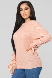 Eyes On Me Sweater - Salmon