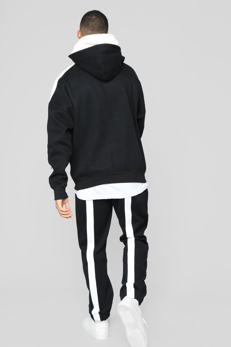 Redemption Jogger - Black/White