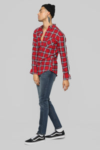 Reno Long Sleeve Flannel - Red/Black Angle 4