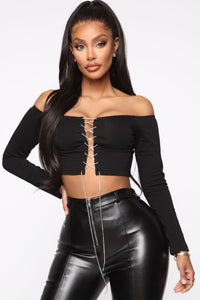 Tearin' Up My Heart Top - Black