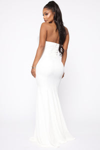Ruffling Around Maxi Gown - Ivory Angle 4