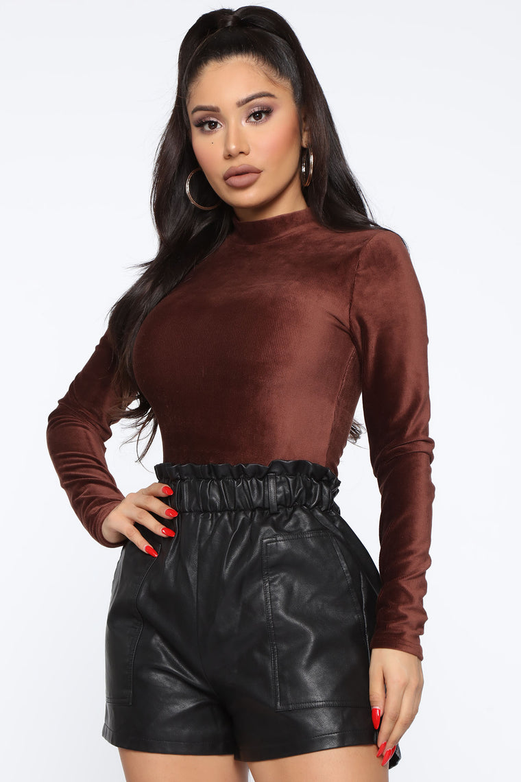 All In Your Feels Velvet Bodysuit - Brown