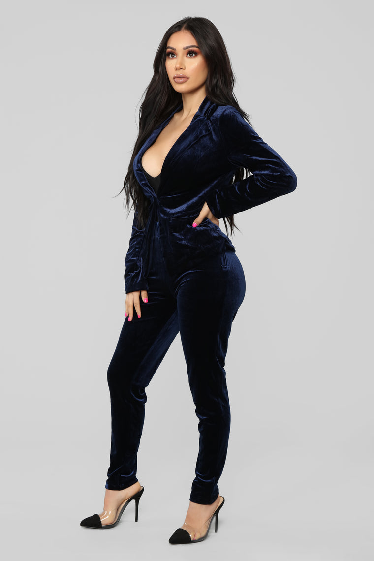 Can't Break Me Down Pant Set - Navy