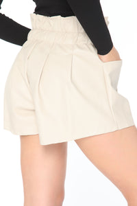 Julia Paper-bag Faux Leather Short - Cream Angle 3