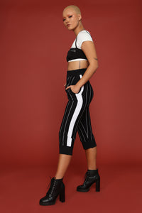 Left My Heart In The Bronx Cropped Pants - Black/White
