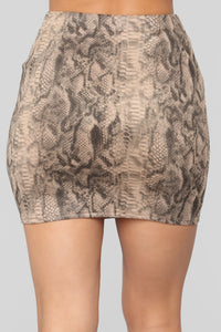 Kisss Me Skirt Set - Grey Snake