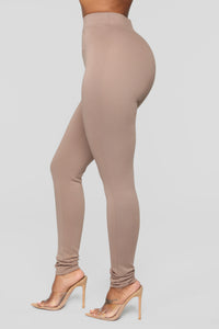 Almost Everyday Leggings - Mocha Angle 4