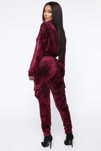 Crushed Feelings Velvet Jogger - Wine Angle 6