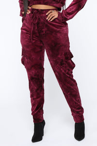 Crushed Feelings Velvet Jogger - Wine Angle 1
