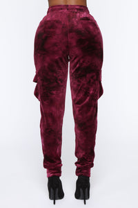 Crushed Feelings Velvet Jogger - Wine Angle 5