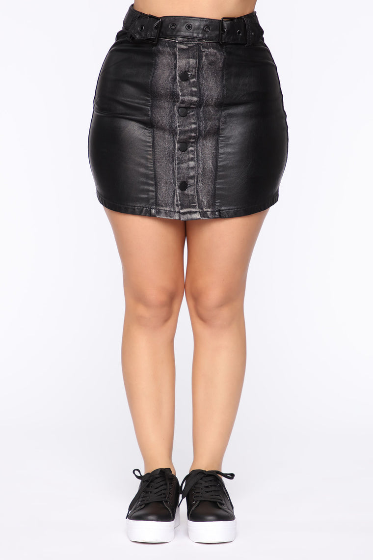 Never Count On Me Skirt - Black