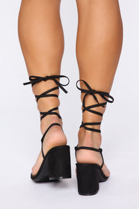 Squared In Heeled Sandals - Black Angle 4