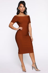 Business Handled Bandage Midi Dress - Cognac