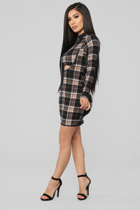 Major Plaid Dress - Black/Taupe Angle 3