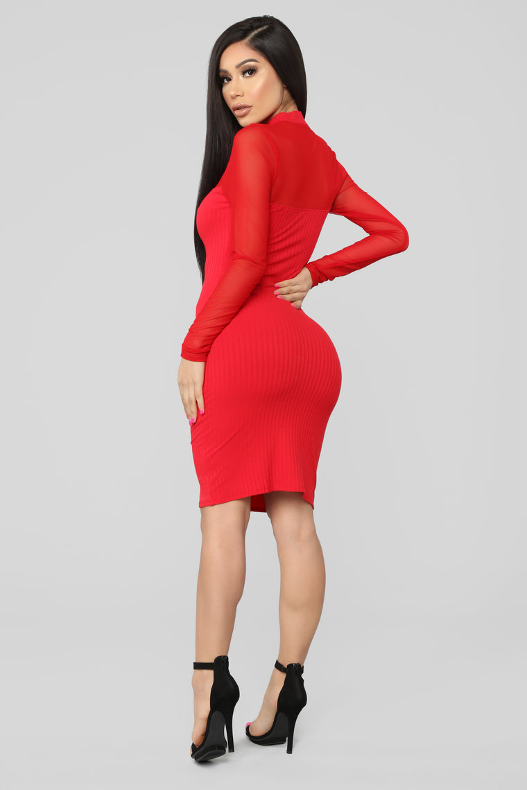 Sweet And Subtle Midi Dress - Red