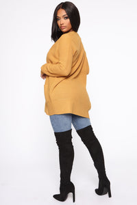 Zoe Two Pocket Cardigan - Mustard Angle 5