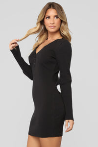 Ultimate Favorite Ribbed Dress - Black Angle 4