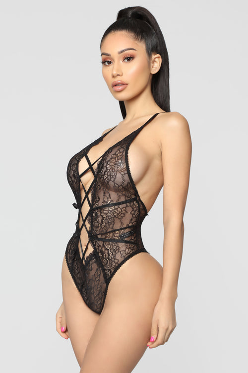 Lost In Lace Teddy - Black