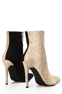 Switched Up Heeled Boot - Black