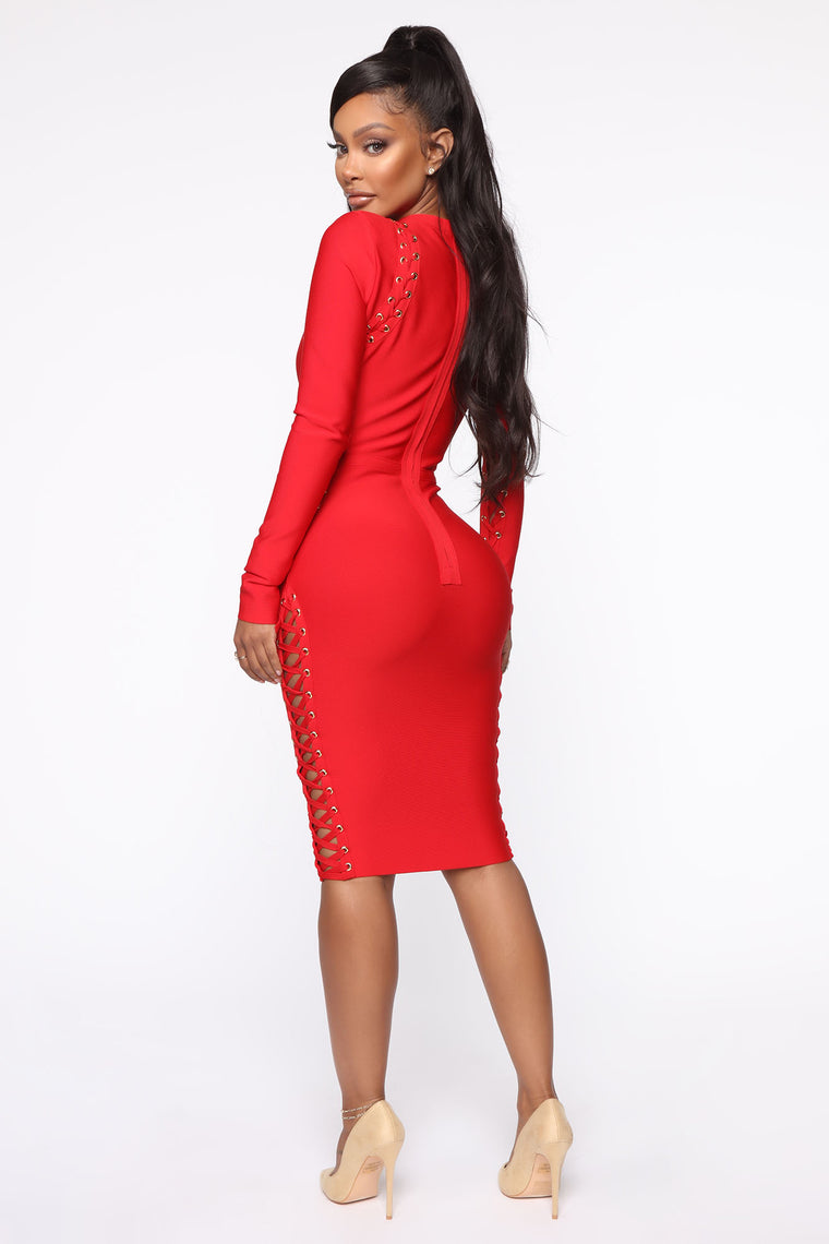 Nothing's Stopping Me Lace Up Midi Dress - Red