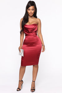 The First Date Satin Midi Dress - Wine