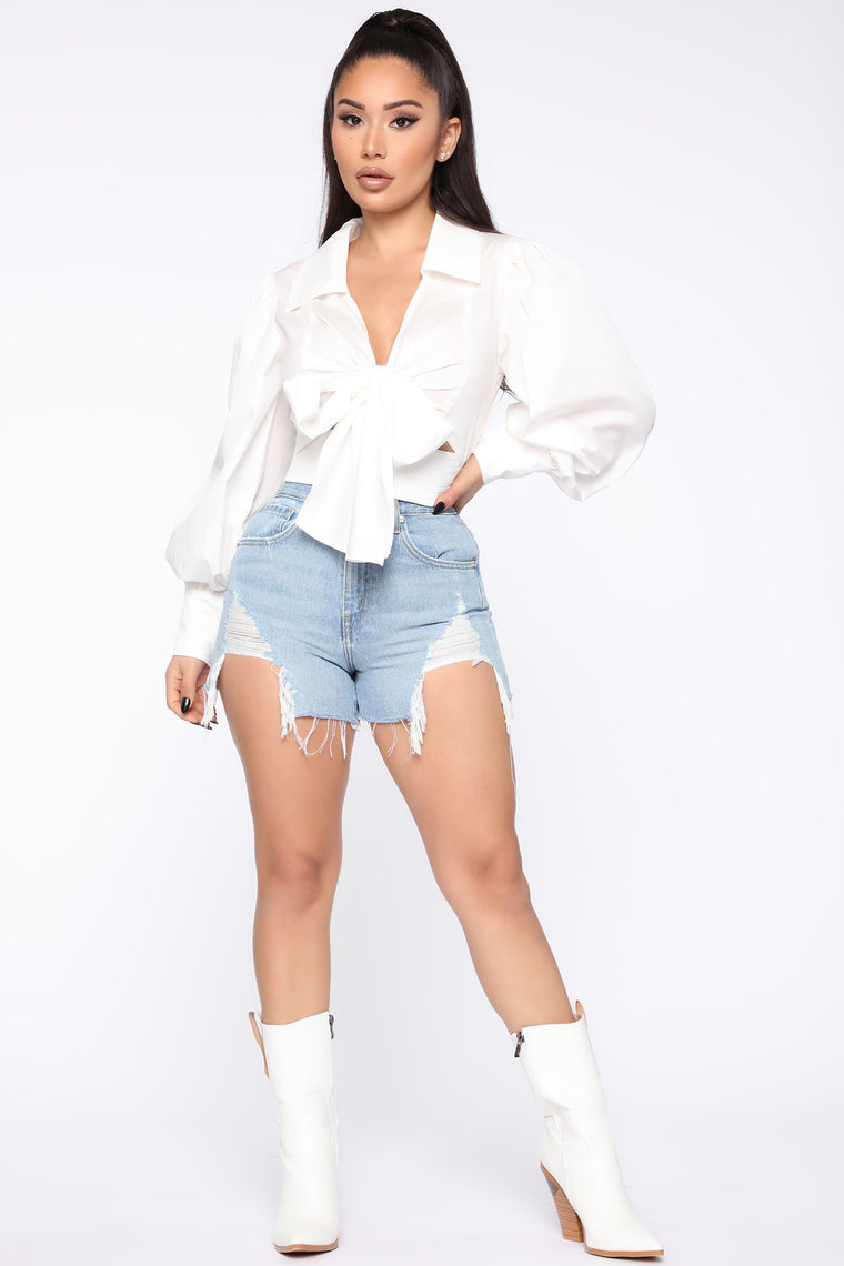 Don't Lose A Good Thing High Rise Mom Shorts - Light Wash