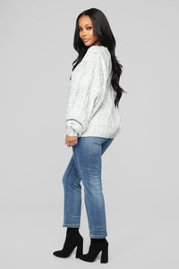 Slice Of Heaven Mom Jeans - Medium Blue Wash