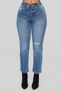 Slice Of Heaven Mom Jeans - Medium Blue Wash Angle 1