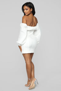 Aria Off Shoulder Dress - Off White