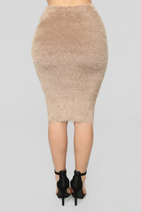 Feel The Fuzzy Skirt Set - Mocha
