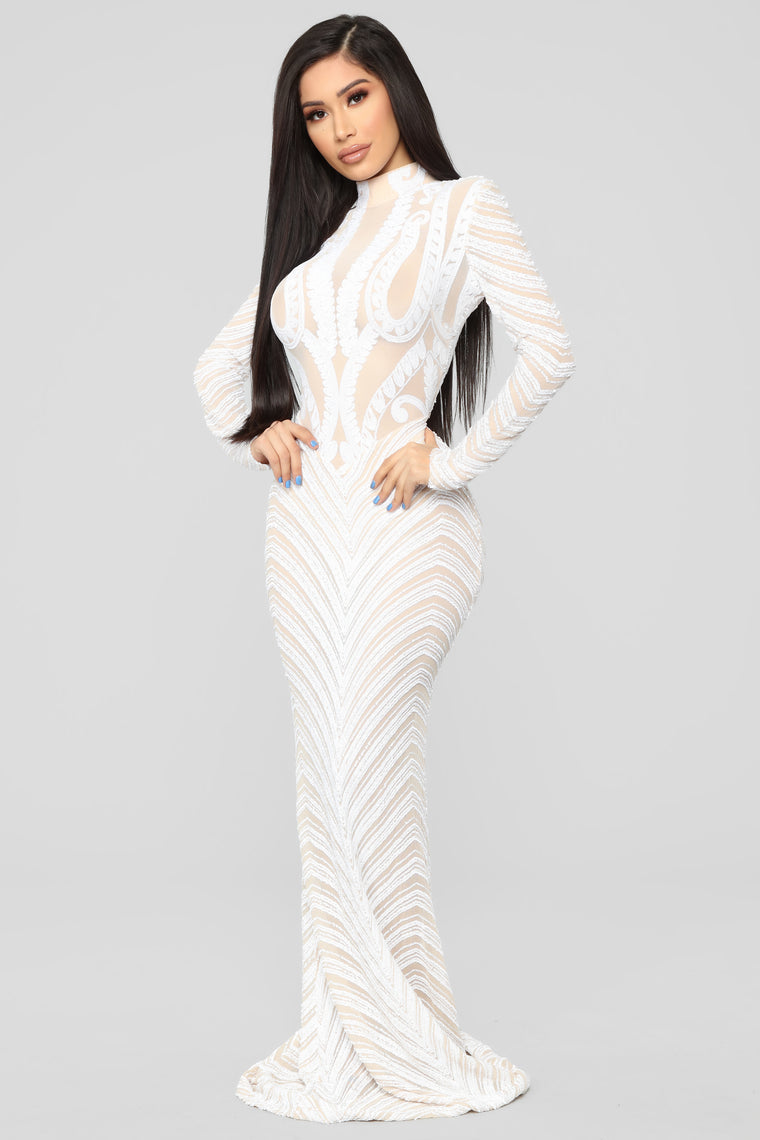 Scaled To Perfection Maxi Dress - White