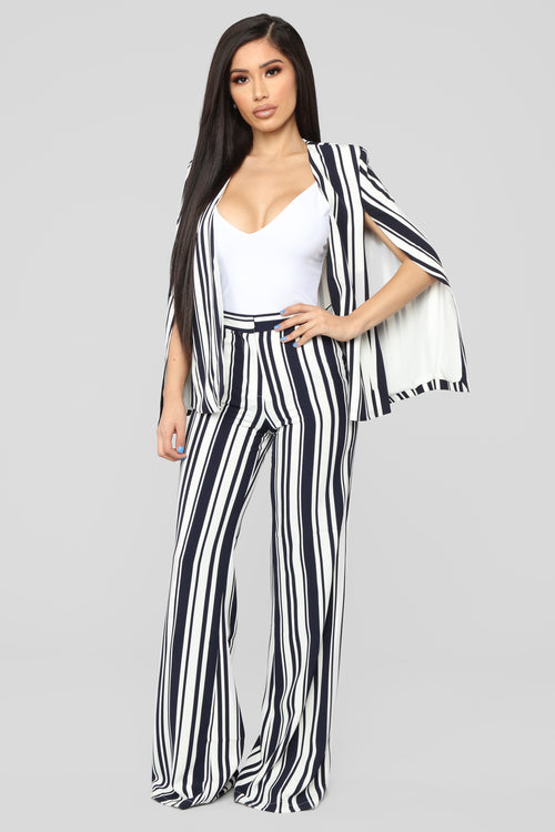 Conference Call Stripe Pant Set - White/Navy