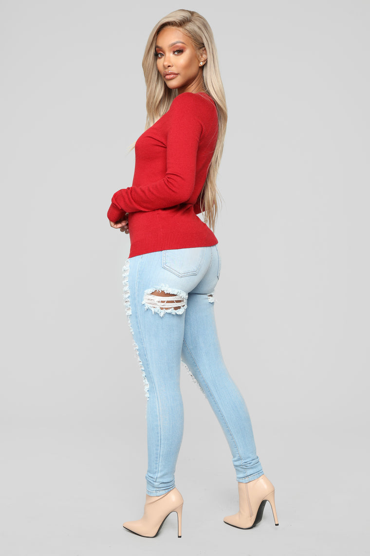 Essential V Neck Sweater - Red
