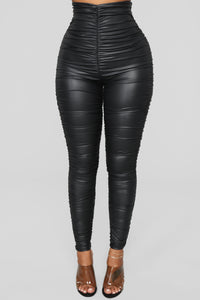 Ride Or Die Chick Ruched Leggings - Black