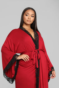 Price Of Fame Robe - Wine