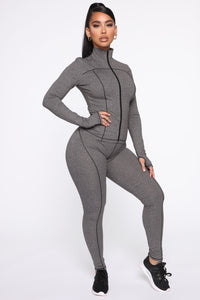 Strictly Tough Active Legging in Power Flex - Grey Angle 4