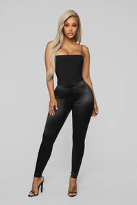 Soft Heart Satin Leggings - Black Angle 3