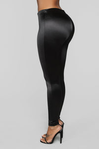 Soft Heart Satin Leggings - Black Angle 4