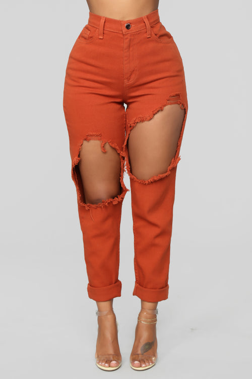 Time To Burn Distressed Boyfriend Jeans - Rust